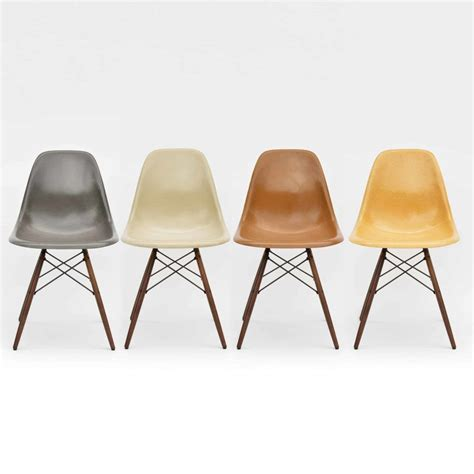 Eames Side Chair by 4er Set Eames Side Chairs Dsw Fiberglass Bei Midmodern De