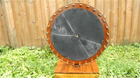 How To Make A Spinning Wheel Out Of Paper - wooden wheel