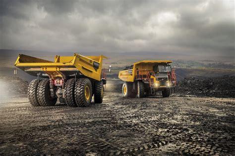 volvo launches  range  rigid haulers cjd equipment
