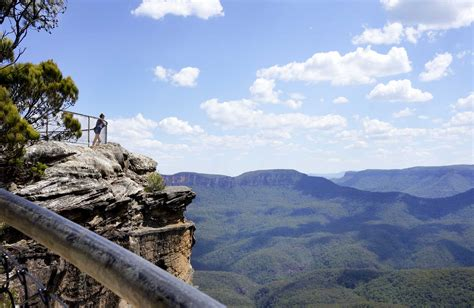 blue mountains nsw sublime point lookout leura nsw national parks