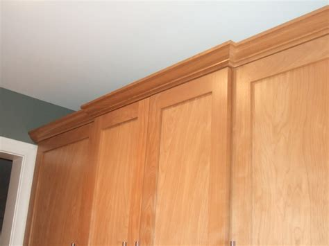 shaker cabinet crown molding shaker crown molding installation house exterior and