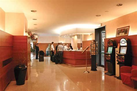 best western malpensa best western hotel cavalieri della corona h 244 tel cardano