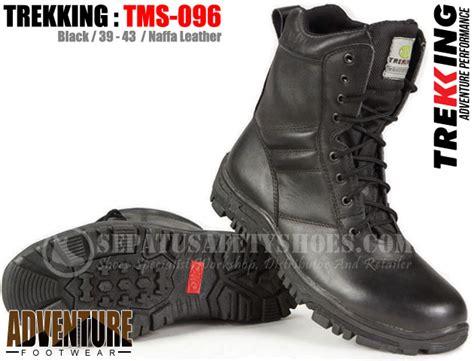 Sepatu Boot Karet Loreng sepatu gunung trekking toko sepatu safety safety shoes