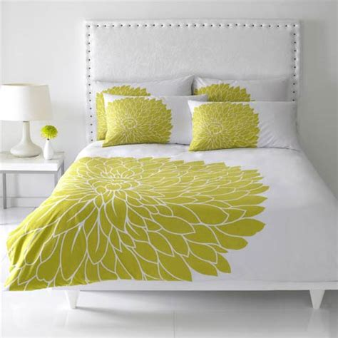 white and lime green bedroom duvet covers inspired by a homeless cardboard box
