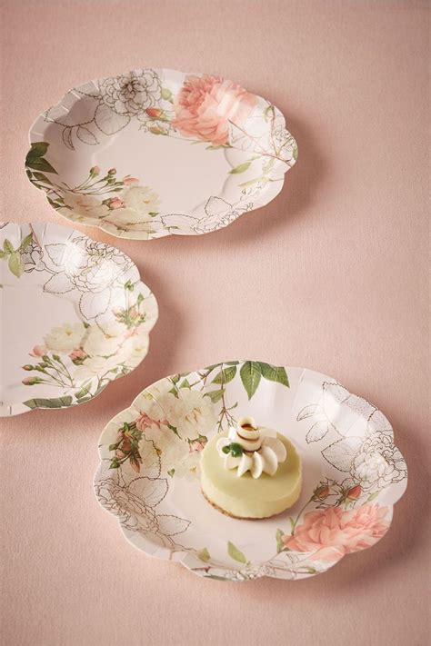 Best 25  Wedding paper plates ideas on Pinterest   Modern