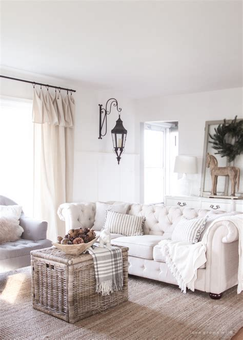 farmhouse livingroom 45 comfy farmhouse living room designs to digsdigs
