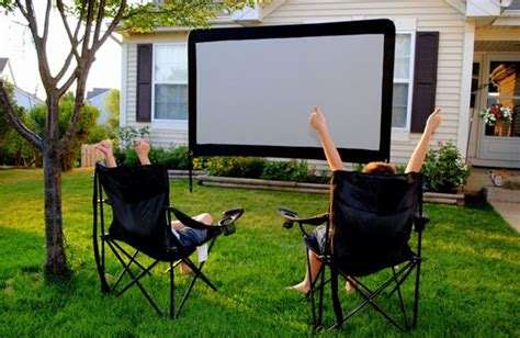 outdoor screen the backyard theatre