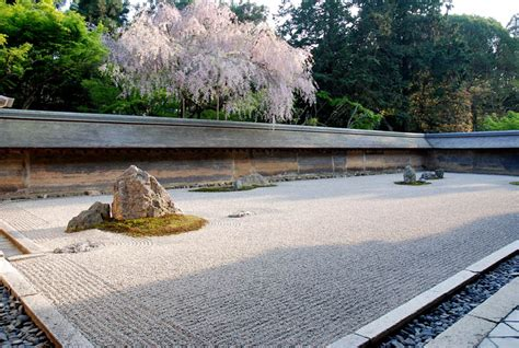 Ryoanji Rock Garden 20 Stunning Japanese Gardens Around The World 171 Twistedsifter