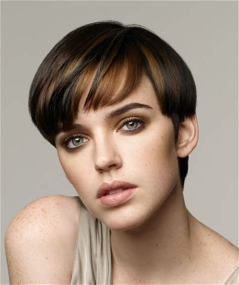haircut mrg celebrity fashion professional short hairstyle for women