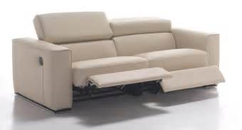 Modern Sofa Recliners Modern Leather And Fabric Sofas And Couches In Toronto Mississauga Ottawa And Markham