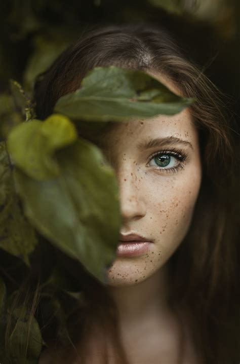 Top Portrait Photographers by 25 Best Ideas About Outdoor Portraits On
