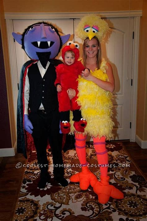 halloween themes 2015 20 cute funny family themed halloween costume ideas