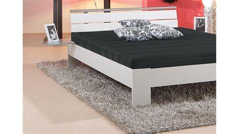 futonbett 140x200 inkl rollrost und matratze bett sleep wei 223 inkl rollrost und matratze 140x200 cm