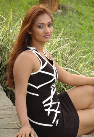 model upeksha swarnamali hot picture shiner
