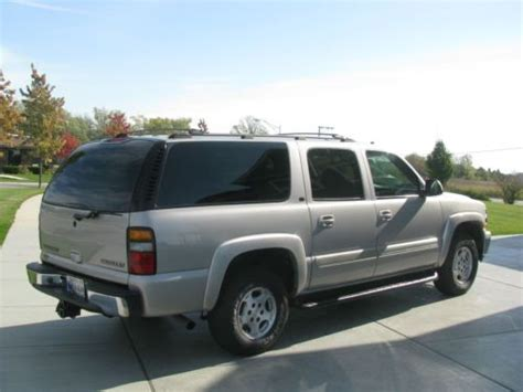 books on how cars work 2004 chevrolet suburban 1500 engine control find used 2004 chevy suburban lt awd in cedar lake indiana united states for us 13 200 00