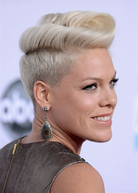hairstyles while growing out a pixie 25 best ideas about modern short hairstyles on pinterest