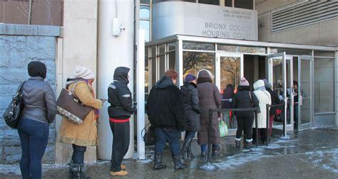 housing court bronx tenants try to navigate the bronx housing court maze ny city lens