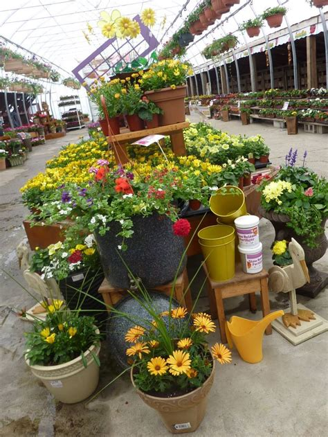 Garden Display Ideas 17 Best Images About Garden Center Displays On Pinterest Gardens Planters And Merchandising