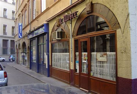 restaurant le mus 233 e bouchon lyonnais cordeliers jacobins