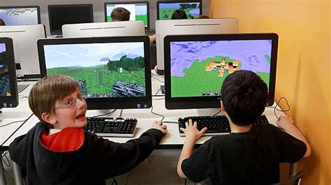 game design help using minecraft to help kids learn video game design