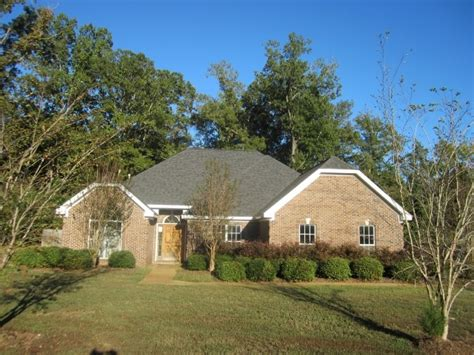 houses for sale in starkville ms 585 white oak ln starkville ms 39759 get local real estate free foreclosure