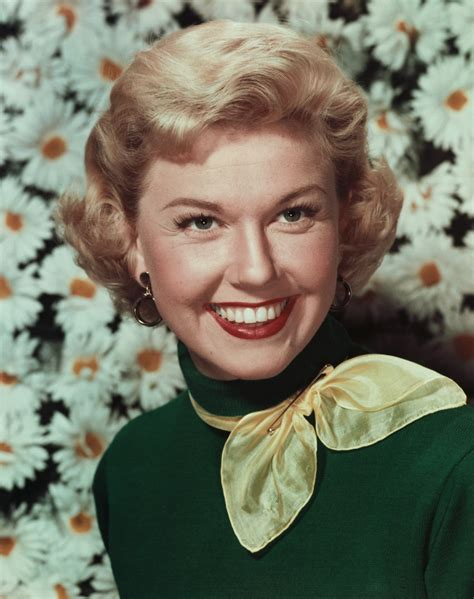 biography discovering doris day doris day actress activist animal welfare activist