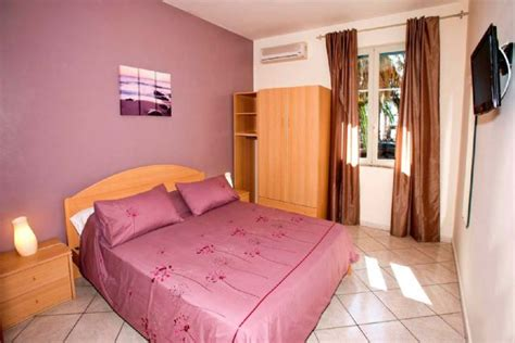 beach bed and breakfast bed and breakfast the beach house taormina mazzeo b b
