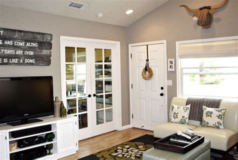 behr taupe decor