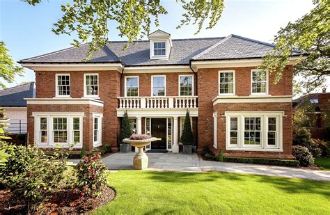 Large Luxury Homes Alderbourne Place Millgate