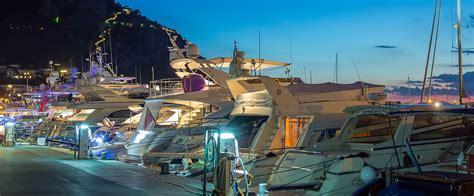commercio carpi porto turistico di isola di