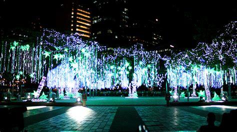 christmas lights   metro    merry