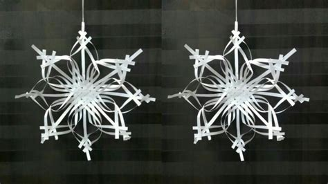 Make Fancy Paper Snowflakes - paper snowflake tutorial 2 snowflakes