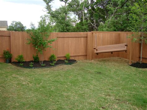 Fencing Ideas For Backyards Small Bakyards Backyard Design Simple Backyard Design Idea Home Furniture Design For The