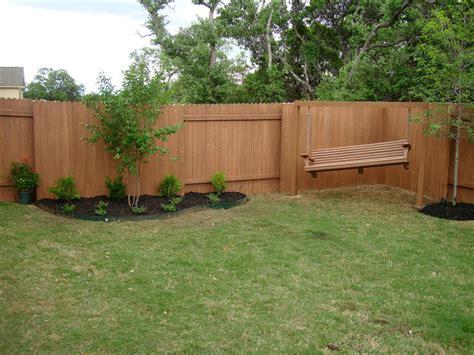 small bakyards   Backyard design simple backyard design