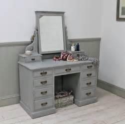 Ordinaire Peinture Relook Meuble #5: meuble-coiffeuse-relooké-vintage-peinture-gris-perle.jpg