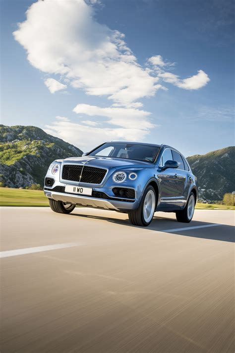 bentley bentayga 2017 bentley reveals details for the 2017 bentayga diesel model