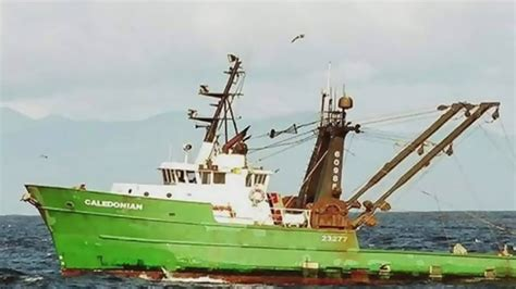 fishing boat accident canada three fishermen dead after boat capsizes off tofino b c