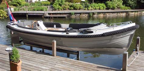 aluminium bootlift steigerstad voor uw bootlift drijvende steiger en of