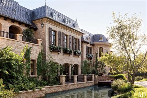 tom brady house take a look inside gisele and tom brady s la home patriots gab