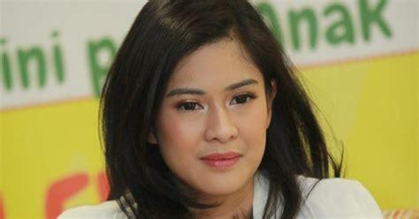 biography of dian sastrowardoyo indonesia headliners bio memeluk islam menenangkan jiwa