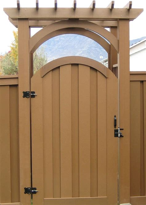 gallery fence gate composite fencing  gate