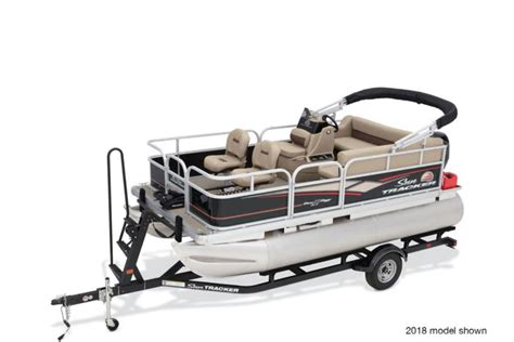 bass tracker pontoon sun tracker boats fishing pontoons 2019 bass buggy 16