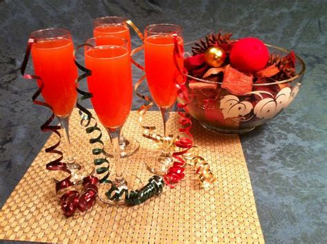 southern comfort holiday punch festive christmas punch recipe with southern comfort