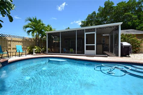 st pete pool house vacation rental