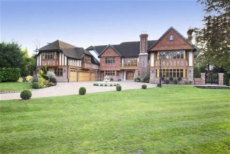 Apartment Garage by 6 Bedroom Detached House For Sale In Pine Glade Keston