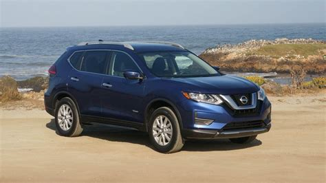 Nissan Rogue Hybrid by 2017 Nissan Rogue Hybrid Sv Review Rogue Hybrid Is Just A