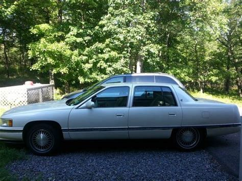 1995 cadillac deville 4 9 l owners manual sell used 1995 cadillac deville base sedan 4 door 4 9l in hazleton pennsylvania united states