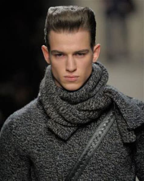 fashion trend for chunky scarves
