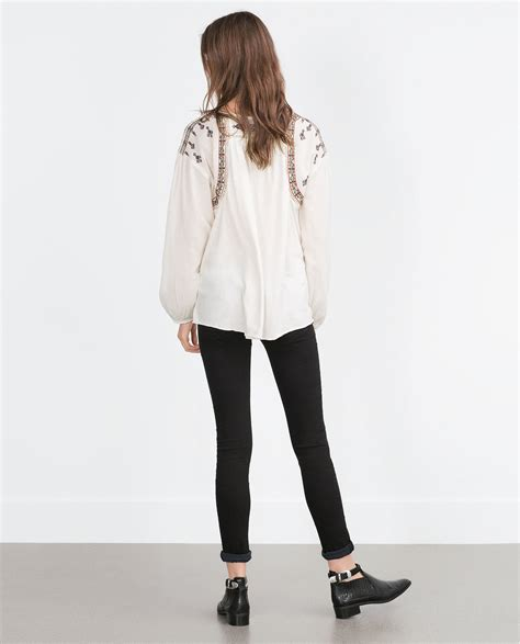 02394 White Embroderie Outer Blouse zara embroidered top in lyst