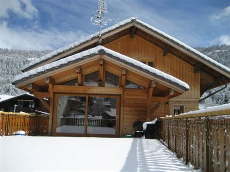Déco Chalet Moderne by Chalet La Ruche Central Morzine Modern Self Catered